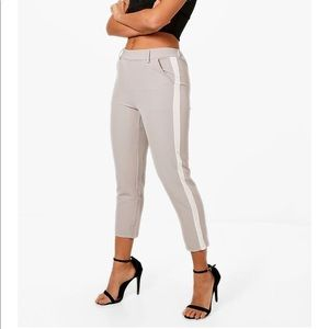 NWT Boohoo Emily lilac tapered side stripe trouser